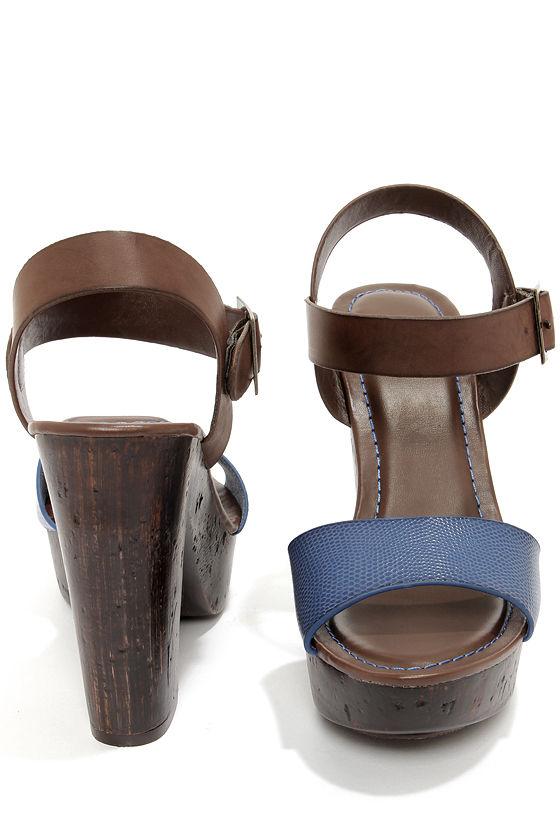 Bamboo Fabiola 05 Blue Snake Platform Sandals at Lulus.com!