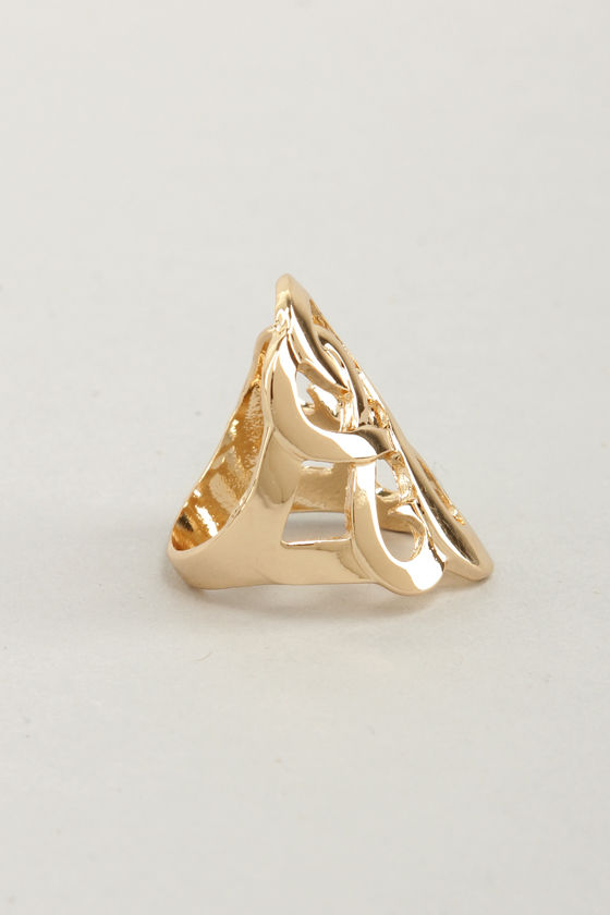 Cover Swirl Gold Ring at Lulus.com!