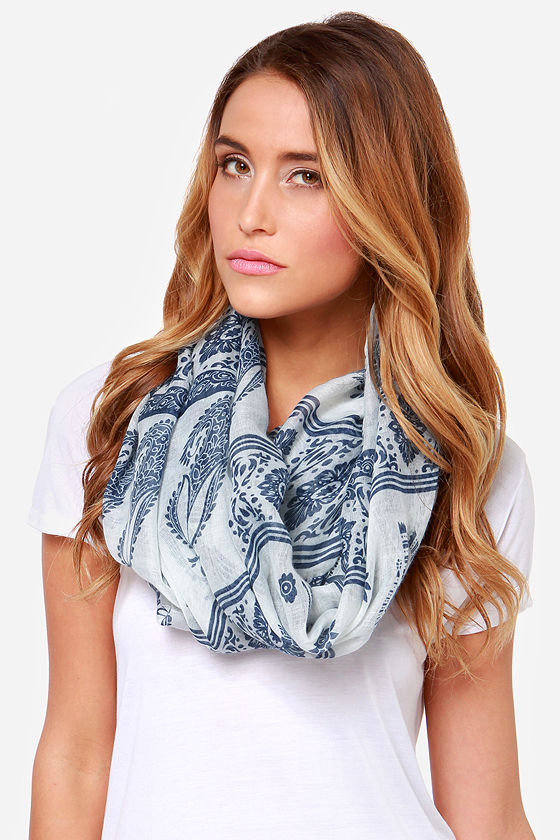 Wandering Wonders Blue and Cream Print Infinity Scarf at Lulus.com!