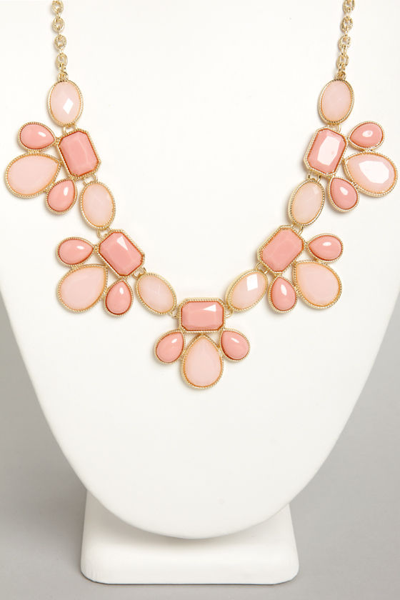Gem Class Peach Statement Necklace at Lulus.com!
