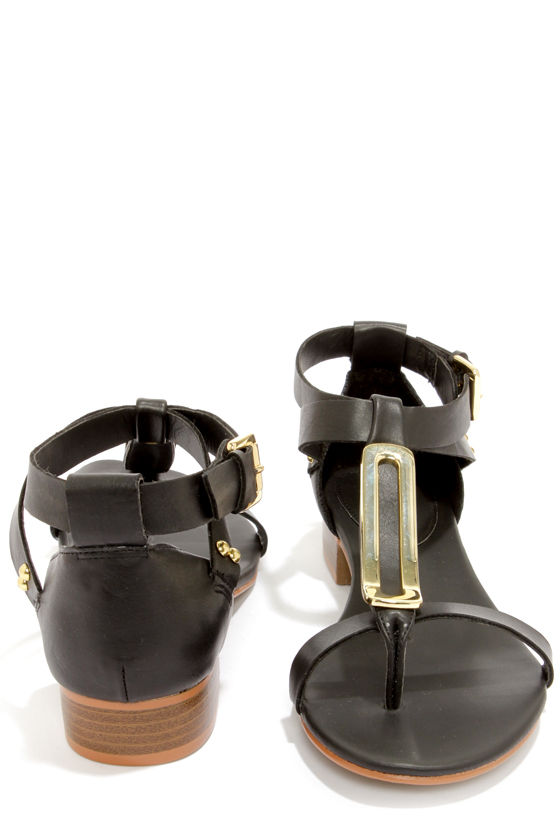 Mia Cairo Black Metal Plated Thong Sandals at Lulus.com!