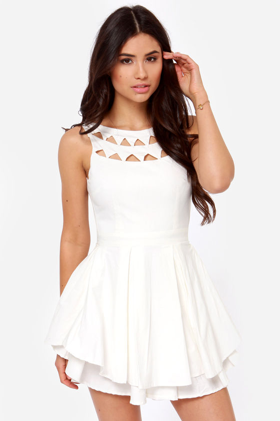 The Derby Cutout Ivory Dress at Lulus.com!