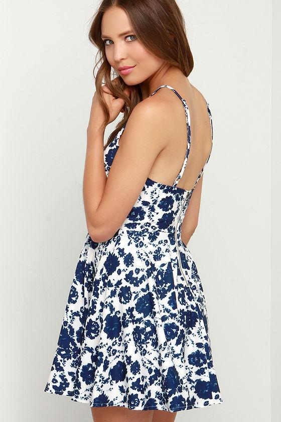 In Living Splendor Ivory and Navy Blue Floral Print Dress 3