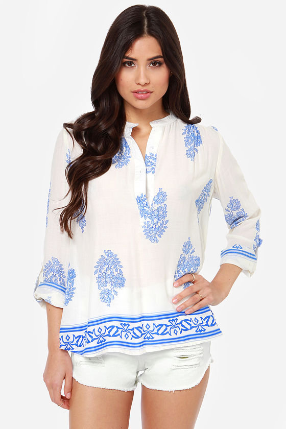 Boho Bouquet Blue and Ivory Floral Print Top at Lulus.com!