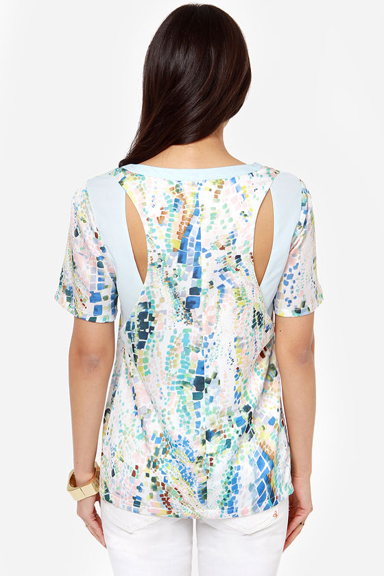 Hues Me Blue Print Top at Lulus.com!