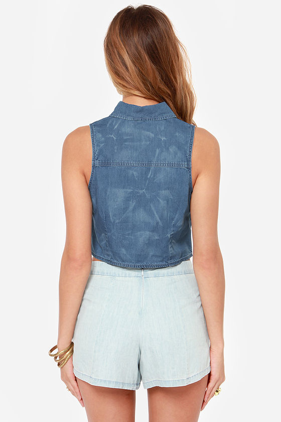 Obey Oliver Sleeveless Chambray Top at Lulus.com!