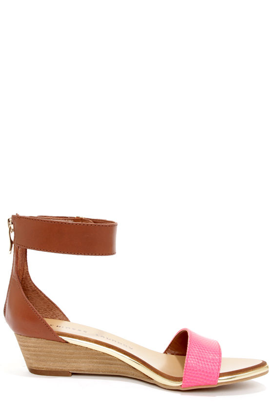 Chinese Laundry Kalifornia Pink and Brown Ankle Strap Sandals at Lulus.com!