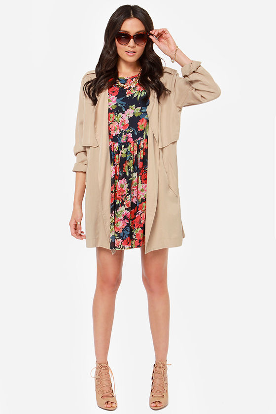 Others Follow Dela Navy Blue Floral Print Dress at Lulus.com!