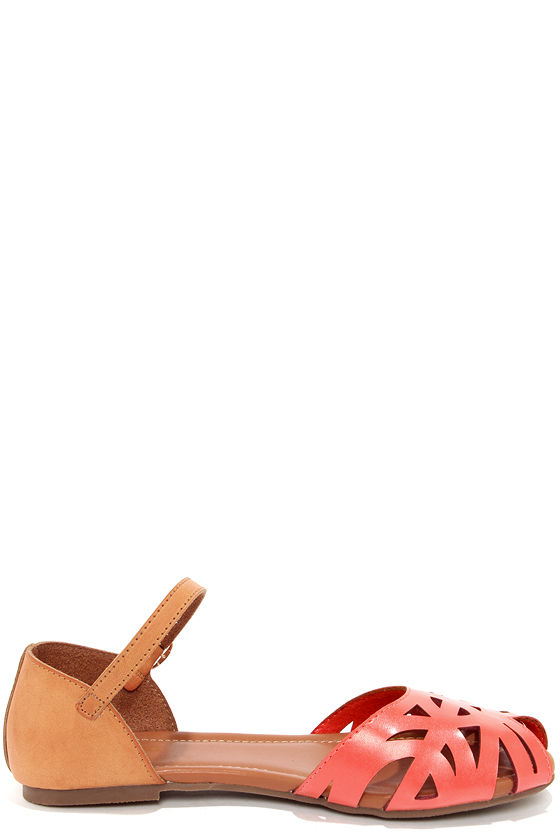 Wanted Zuma Coral Cutout Sandals at Lulus.com!