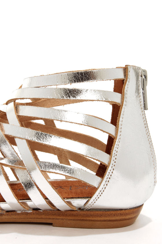 Sixtyseven 75961 Ashley Vachetta Silver Gladiator Sandals at Lulus.com!