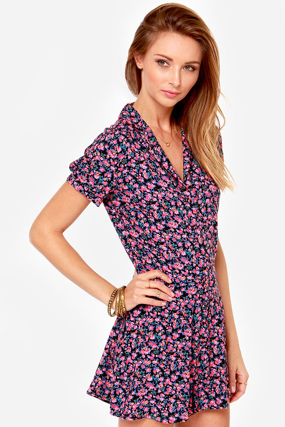 Lucca Couture Budding Out Pink Floral Print Romper at Lulus.com!