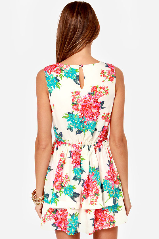 Lucca Couture Tea for Two Cream Floral Print Dress at Lulus.com!
