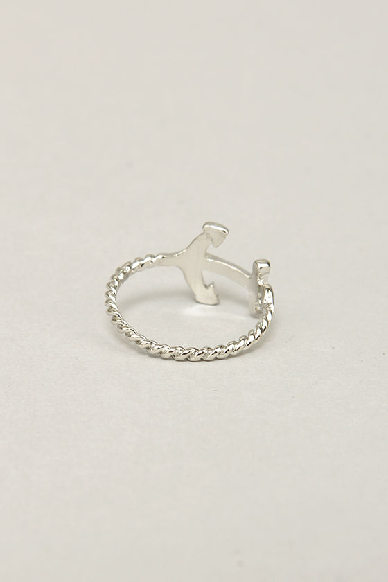 Gotta Anchorin' Silver Knuckle Ring at Lulus.com!