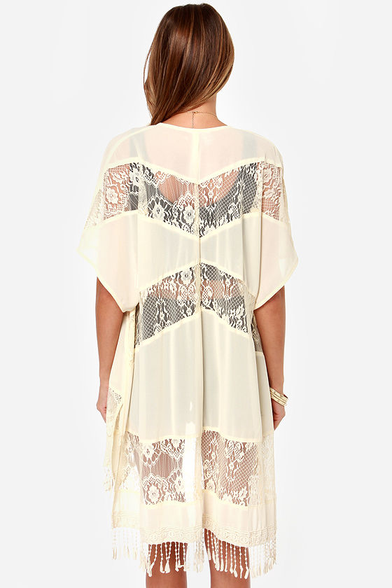 Fall from Lace Cream Kimono Top at Lulus.com!