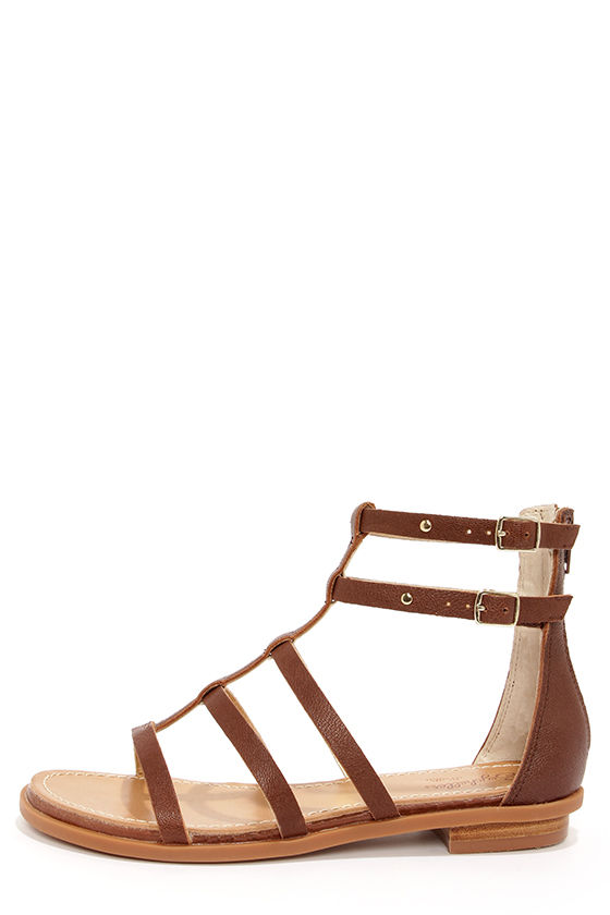 Brown leather sandals gladiator