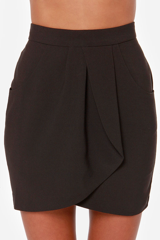 Notorious OMG Black Envelope Skirt at Lulus.com!