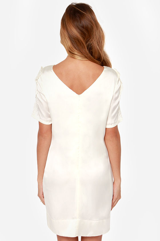 I. Madeline Weak in the Peonies Ivory Shift Dress at Lulus.com!