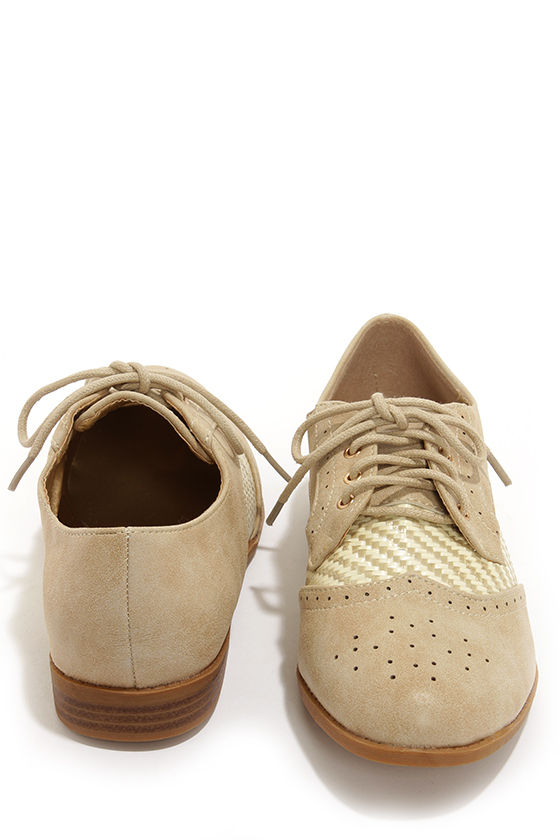 Yoki Aliya 02 Beige Oxford Flats at Lulus.com!