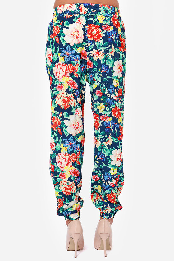 Mink Pink Acid Bloom Blue Floral Print Pants at Lulus.com!