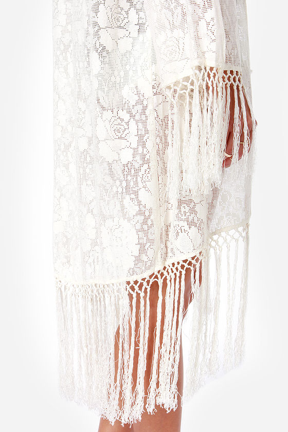 Mink Pink Summer Cream Lace Kimono at Lulus.com!