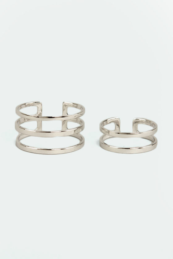 Set Apart Silver Ring Set at Lulus.com!