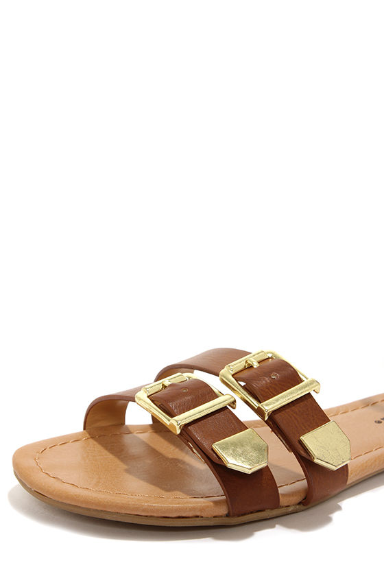 City Classified Saloma Tan and Gold Ankle Strap Sandals at Lulus.com!