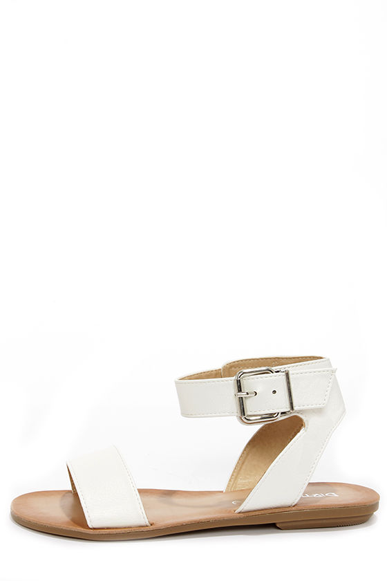 Dirty Laundry Bubbly White Ankle Strap Sandals at Lulus.com!