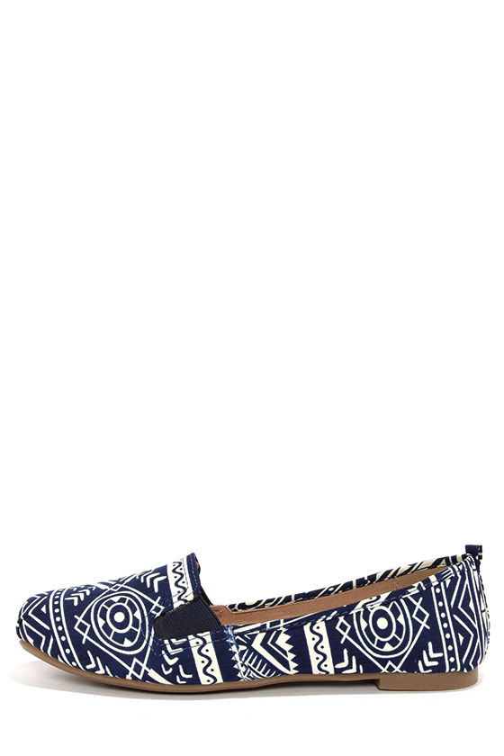 Bamboo Rosalba 09 Blue Tribal Print Loafer Flats at Lulus.com!