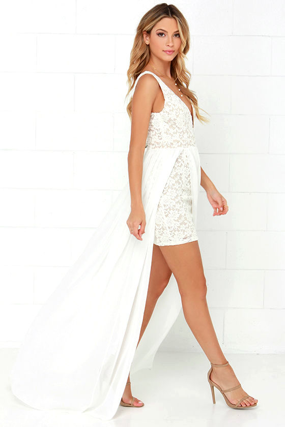 Make Way for Wonderful Off White Lace Maxi Dress 3