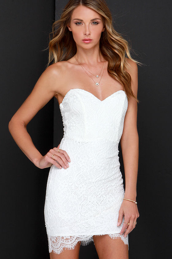 White Lace Strapless Dresses