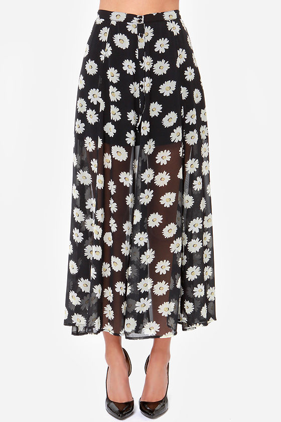 Lucca Couture Daisies Like These Black Daisy Print Maxi Skirt at Lulus.com!