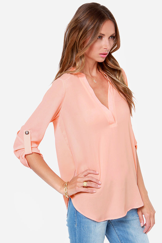 V-sionary Peach Top at Lulus.com!