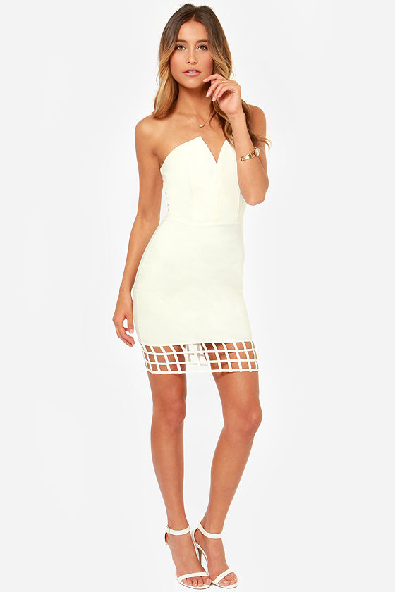 LULUS Exclusive Grid Point Average Strapless Ivory Dress at Lulus.com!