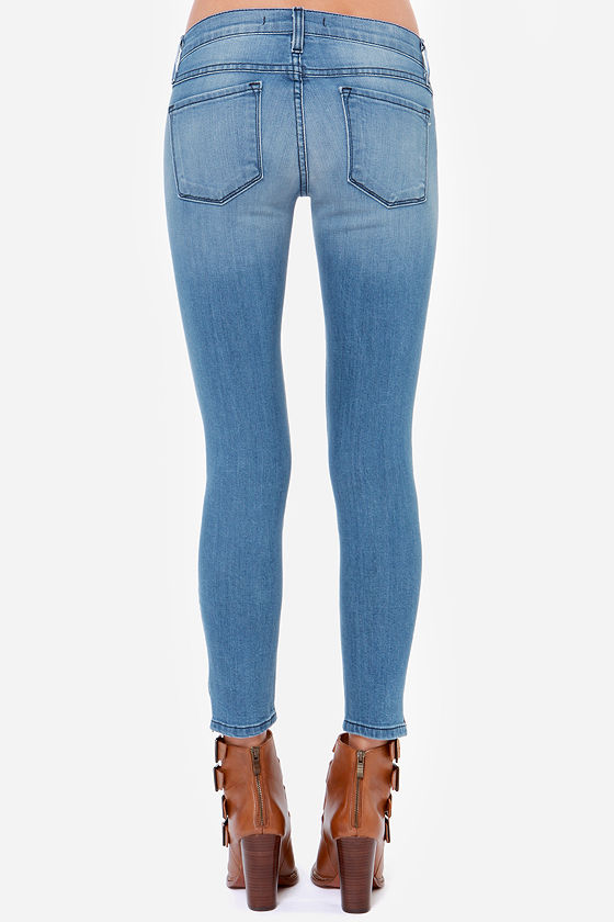 Flying Monkey Be Free Distressed Cropped Skinny Jeans at Lulus.com!
