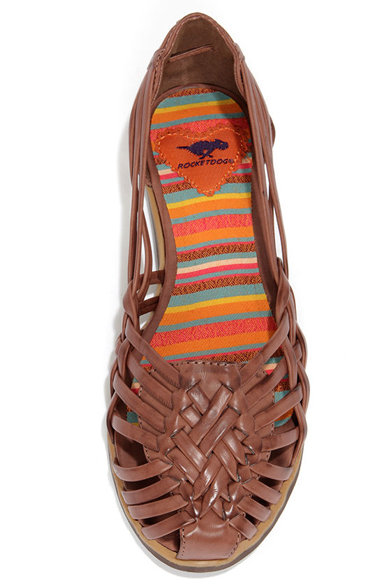 Rocket Dog Bena Socrates Brown Huarache Flats at Lulus.com!