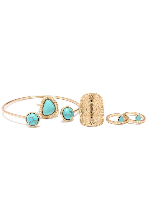 Worth Its Weight in Gold and Turquoise Bracelet and Ring Set at Lulus.com!
