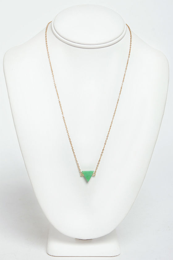 Planet of the Apex Green Pendant Necklace at Lulus.com!