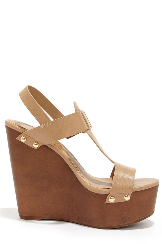 Emily 32 Natural Platform Wedge Sandals at Lulus.com!
