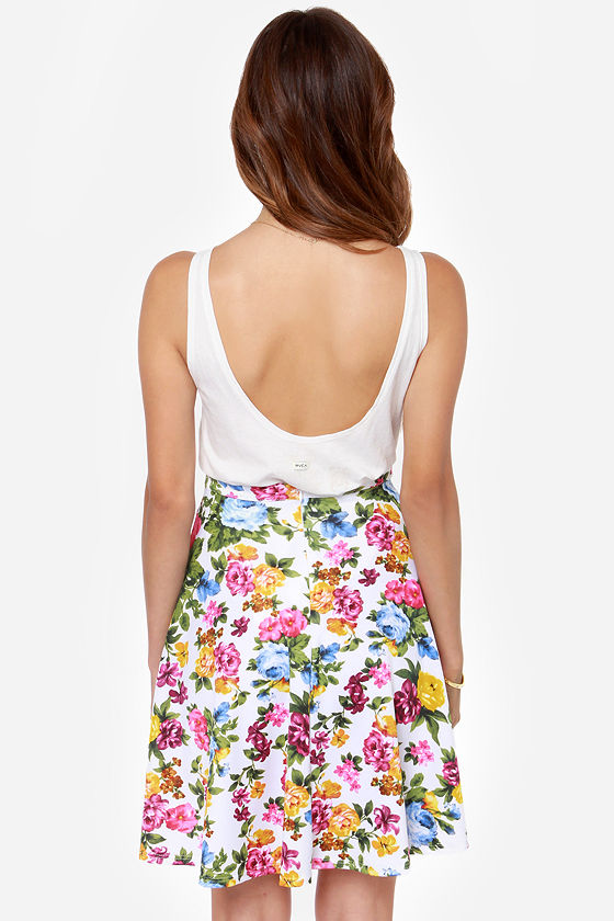 Rose to Heart Ivory Floral Print Skirt at Lulus.com!