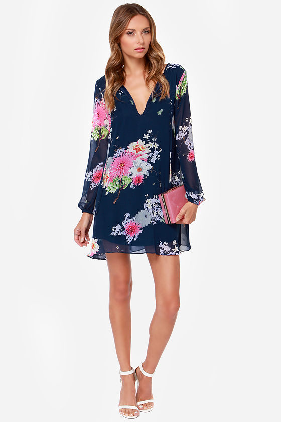 Scenic Root Navy Blue Floral Print Shift Dress at Lulus.com!