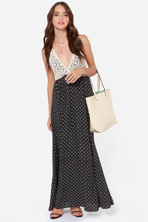 Stargazing on Solstice Black Print Maxi Dress at Lulus.com!