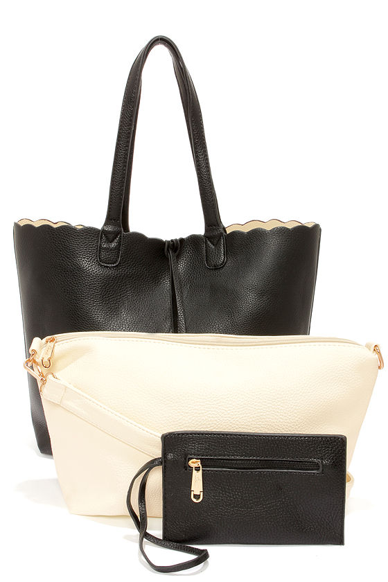 Two Truths Reversible Black Tote at Lulus.com!