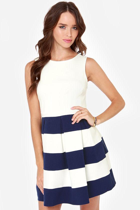 Color blocking dresses