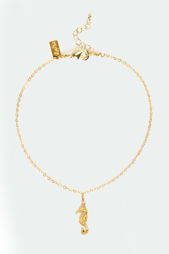 Seahorse of Course Gold Seahorse Anklet at Lulus.com!