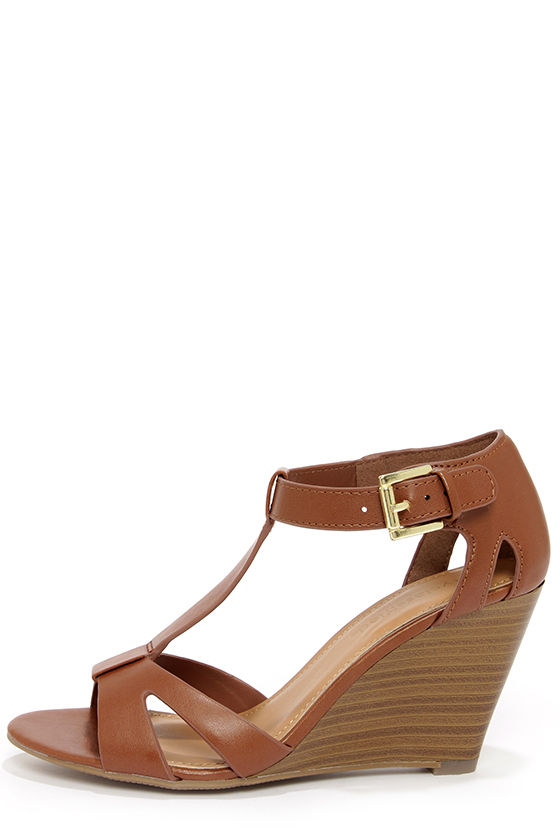 2017 fashion over 50 - Cute Tan Shoes T Straps Wedge Sandals 25 00