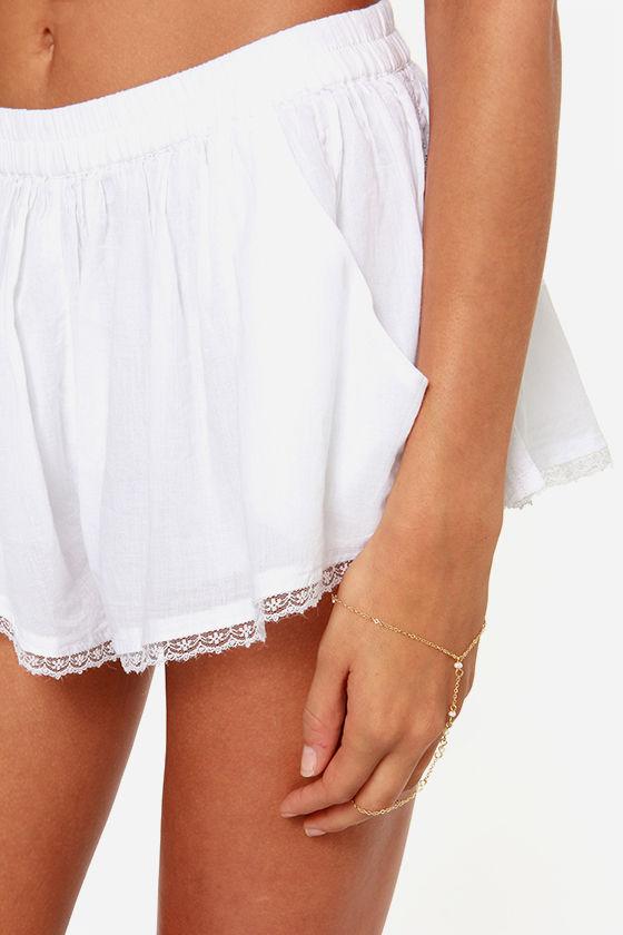 Billabong Sand Kisses White Shorts at Lulus.com!