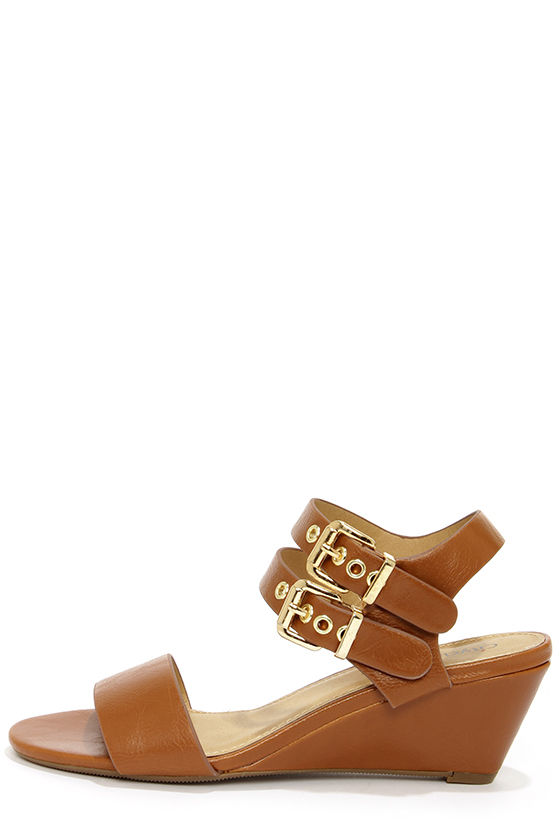 City Classified Speed Tan and Gold Wedge Sandals at Lulus.com!
