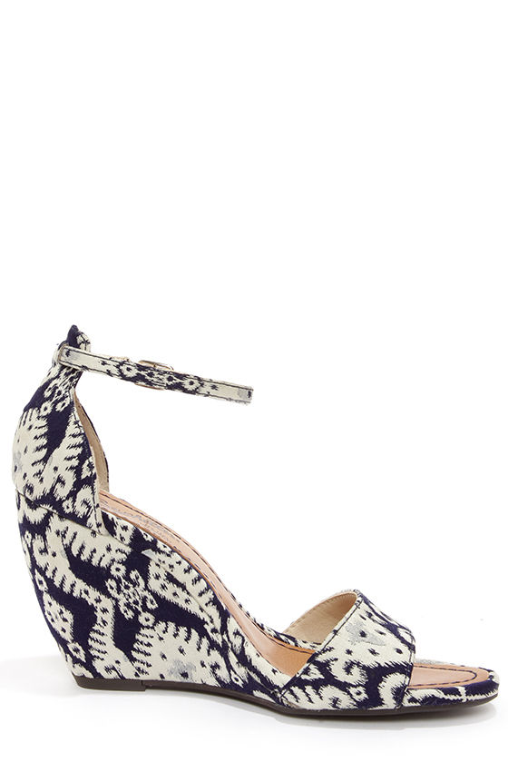 Seychelles Thyme Navy Print Ankle Strap Wedges at Lulus.com!