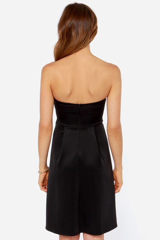 Keep Notch Strapless Black Midi Dress at Lulus.com!