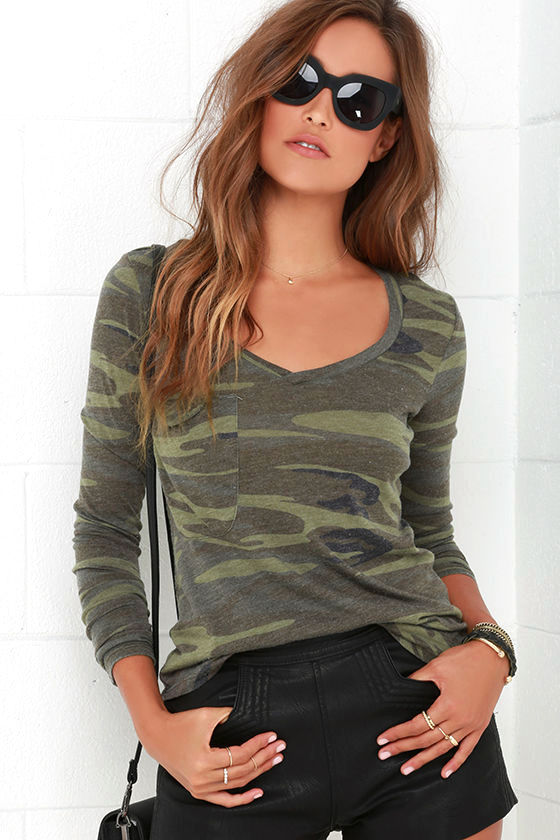 Rank and Style Green Camo Print Long Sleeve Top 1